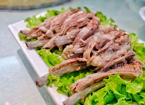 1月20日 寧夏著名老毛手抓羊肉落戶古城西安