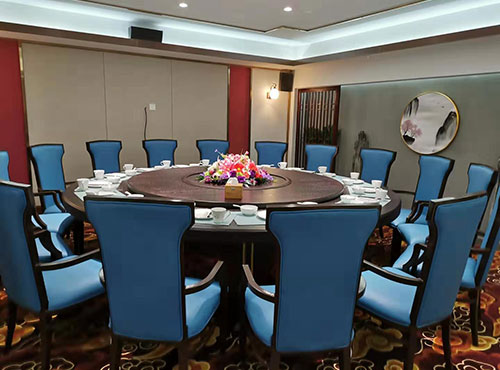 会员风采 8月18日,清真珍谷轩中国菜崇业路店及老马家牛羊肉泡馍馆隆重开业