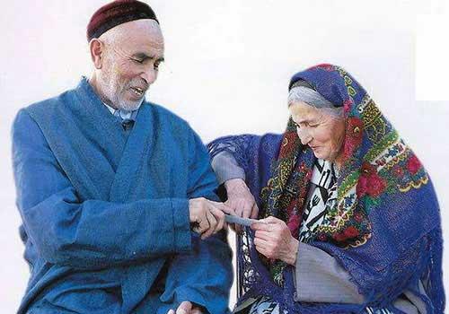 民族知识 乌孜别克族的服装
