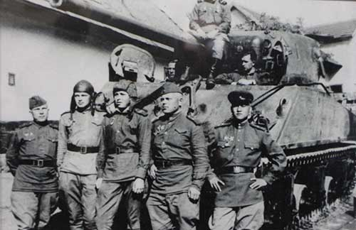 马新芳|世界反法西斯战争英雄中的陕西乡党曼苏子·王阿洪
